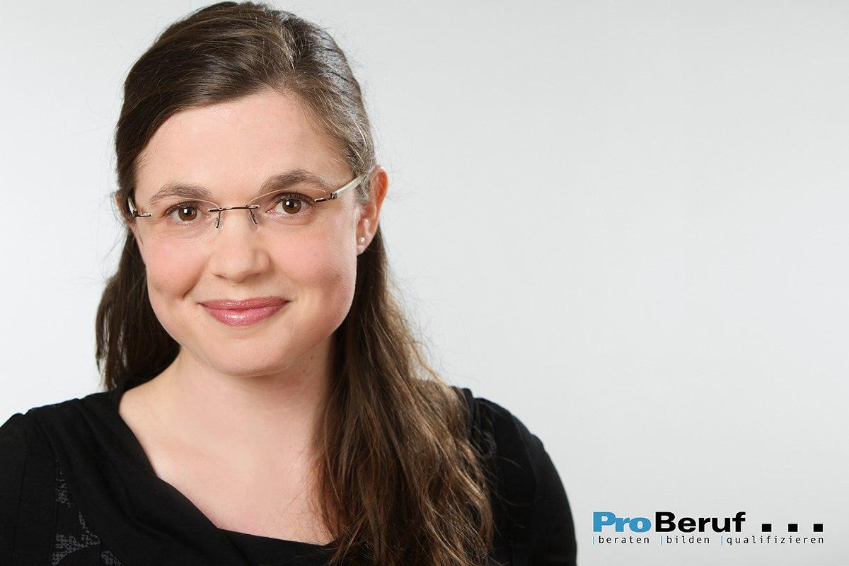 Mitarbeiterportraits, Businessfotos: Mitarbeiterportraits für einen gemeinnützigen Bildungsträger aus der Region Hannover.
