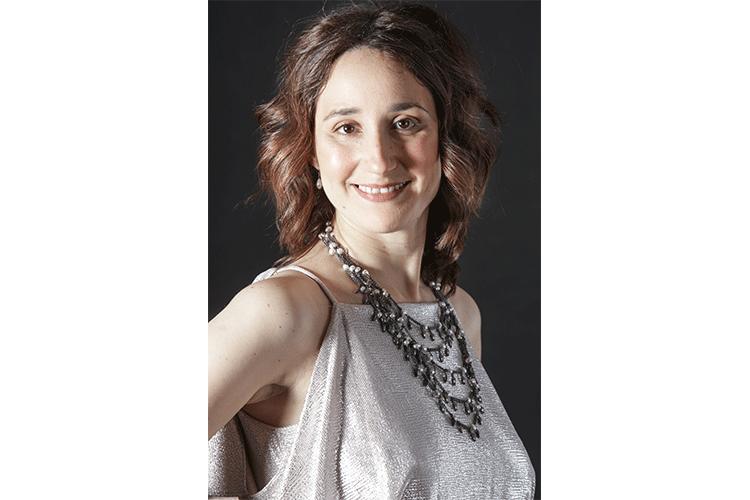 Maria Lebed, Pianistin, mehrfache Preisträgerin internationaler Musikwettbewerbe, Korrepetitorin Hochschule für Musik und Theater