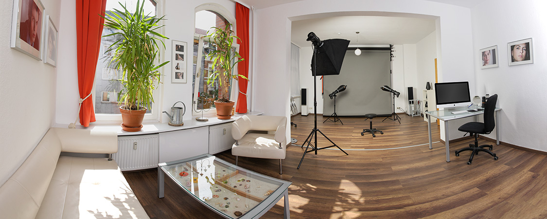 Innenansicht des Fotostudios Franz Fender Hannover in der Lister Meile